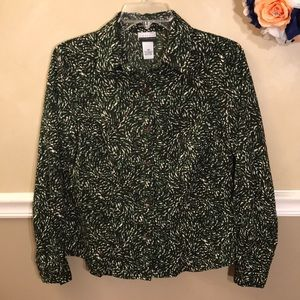 NWOT Kim Rogers Essentials Stretch button down top